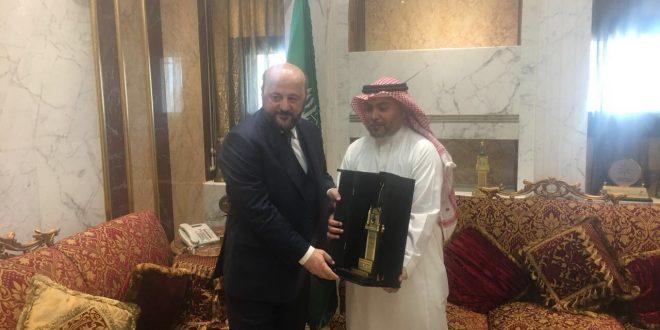 رياشي في السعودية