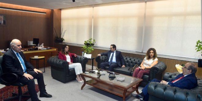 وزيرة الإعلام التقت مخيبر ووفدا من UNDP