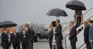 U S  President Barack Obama and his wife Michelle approach Cuba s foreign minister Bruno Rodriguez  L  as they arrive at Havana s international airport for a three-day trip  in Havana March 20  2016    REUTERS Carlos Barria