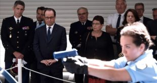 French President Francois Hollande  2nd L  visits the National Gendarmerie Training Centre in Saint Astier  southwestern France  on July 20  2016  French President Francois Hollande said today that a call to boost reserve forces had paved the way to a  National Guard   Between current reservists  and the call for more volunteers   we can say that France  with you  is forming a National Guard   Hollande said     AFP PHOTO   MEHDI FEDOUACH