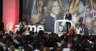Barcelona 19 4 2017  Homenaje a Carme Chacon en la imagen Zapatero i Fernandez de la Vega con los padres de chacon Foto de Julio Carbo