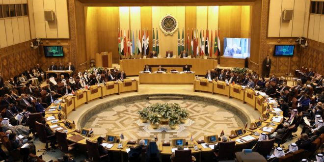 Arab League foreign ministers hold an emergency meeting on Trump's decision to recognise Jerusalem as the capital of Israel, in Cairo, Egypt December 9, 2017. REUTERS/Mohamed Abd El Ghany - RC14419B2EA0