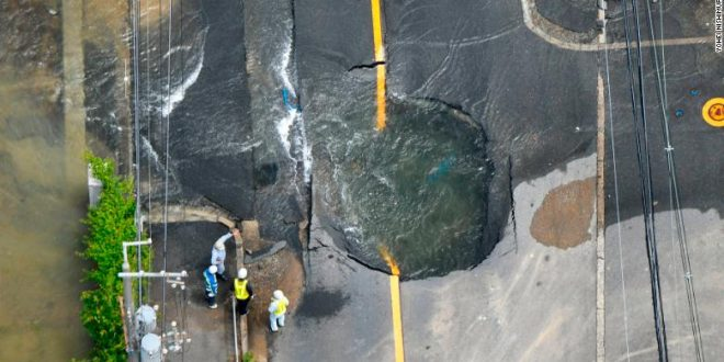 180618000135-japan-earthquake-0618-01-exlarge-169