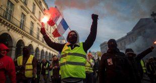 manifestantes-durante-huelga-general-este-martes-paris