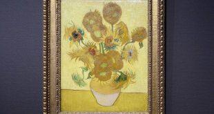 van-gogh-sunflowers-3