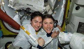 Christina Koch et Jessica Meir