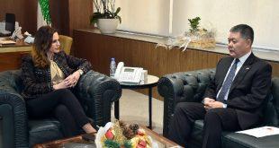عبد الصمد مع سفير الصين