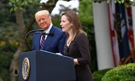 Trump et Amy Coney 1