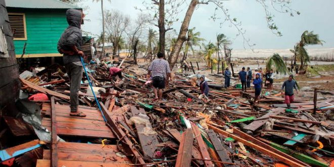 Residents remove debris from their houses destroyed by the passing of Hurricane Iota, in Puerto Cabezas, Nicaragua November 17, 2020. Picture taken November 17, 2020. REUTERS/Oswaldo Rivas