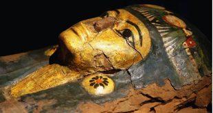 Egyptian-mummy-mask