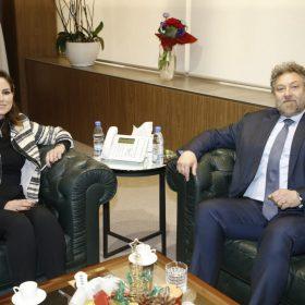 Information Minister tackles general situation with Frem