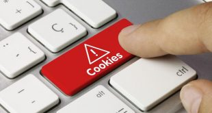 Cookies keyboard key. Finger