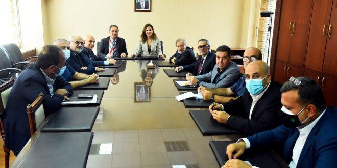 وزارتا الاعلام والاتصالات